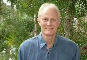 Dr David Nelson